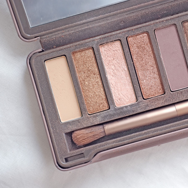 urban decay naked palettes - makeup artist kit essential