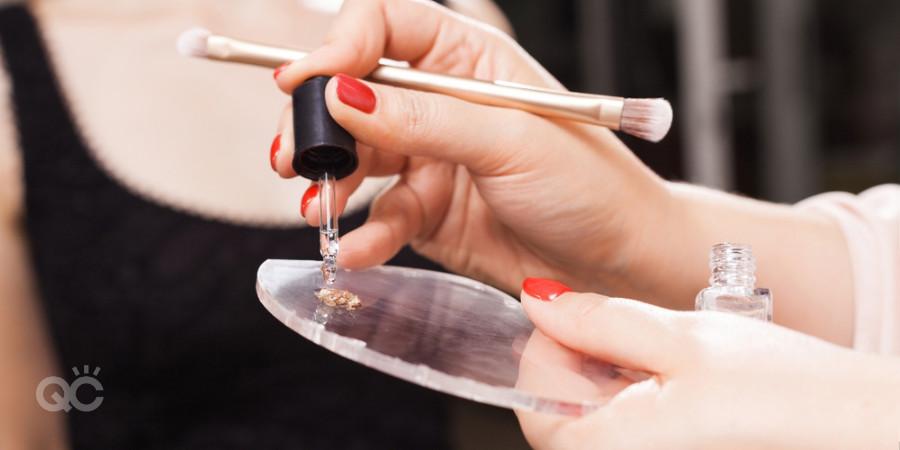 creating eyeliner or wet eyeshadow from loose pigments