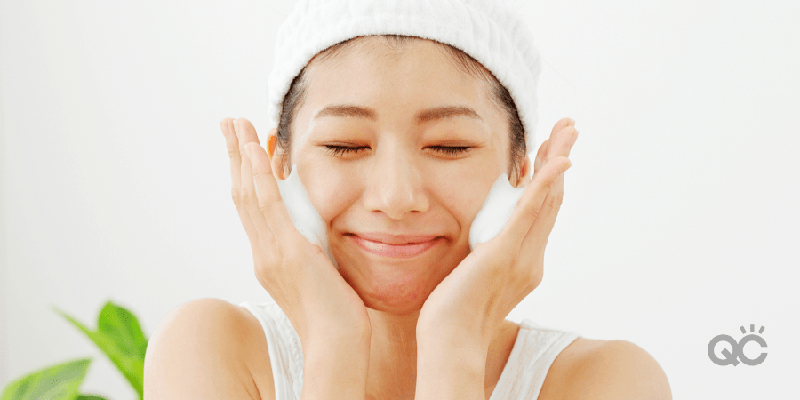 Japanese woman, face wash with cleanser