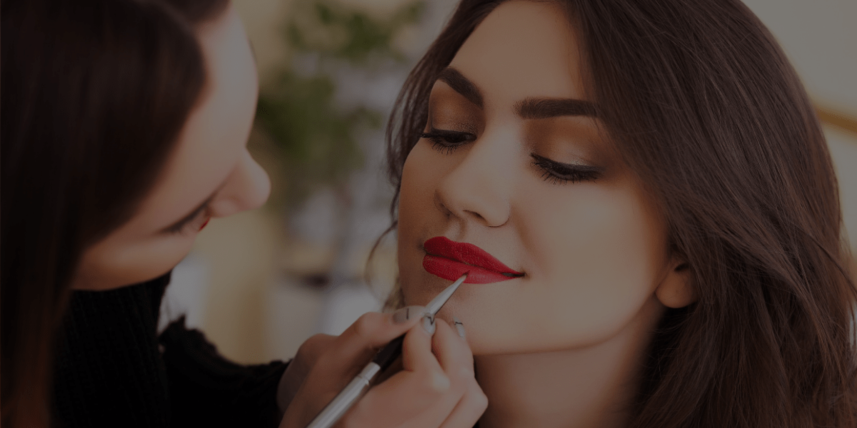 How to Become a Freelance Makeup Artist in as Little as 2 Months!