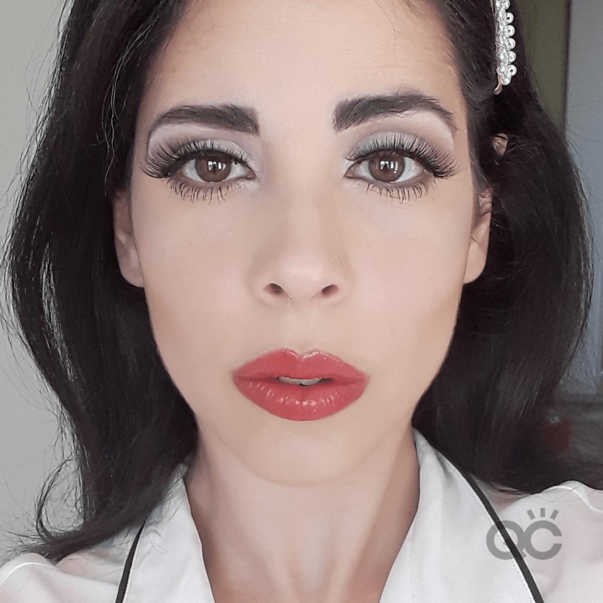 Headshot of QC Makeup Academy Graduate Nadia Calabro