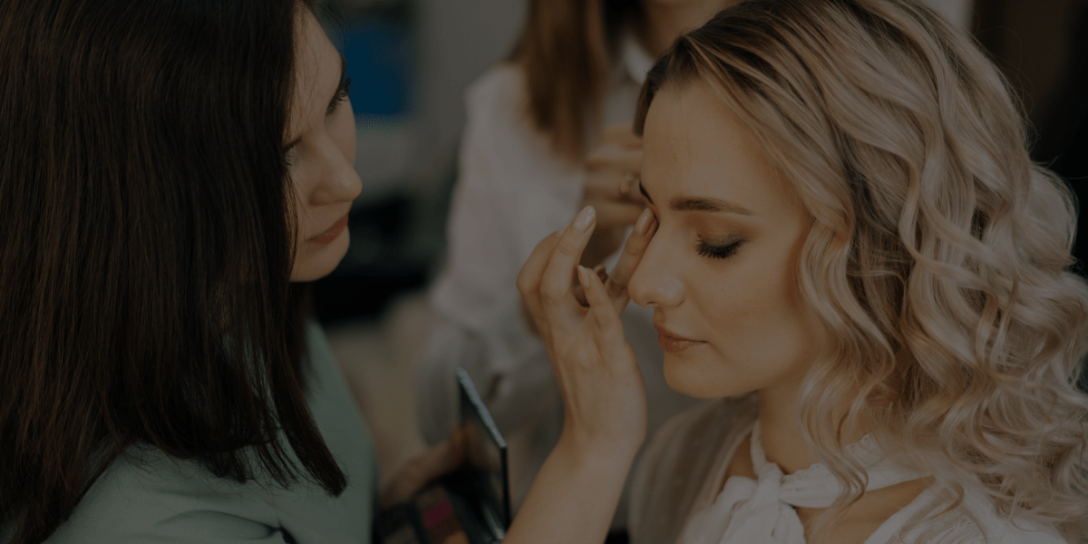 3 Ways to Retain Long-Term Clients for Your Makeup Business