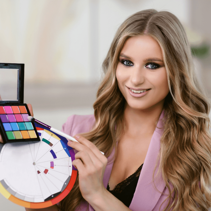 makeup artist providing online makeup training and classes