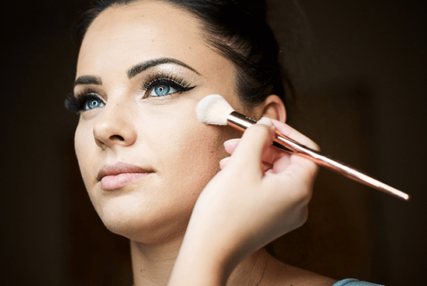 learn professional makeup through online makeup course