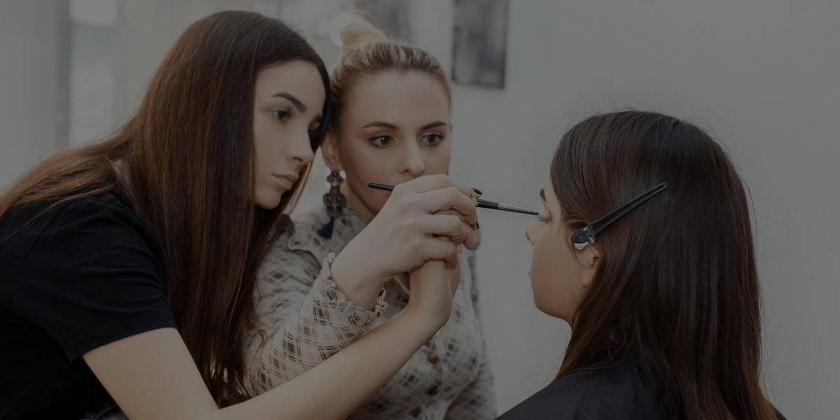 How to Become a Makeup Artist: The Importance of Constructive Criticism