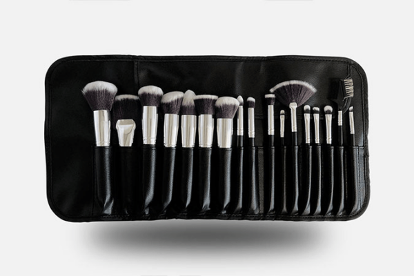 QC Makeup Academy brush set in leather case