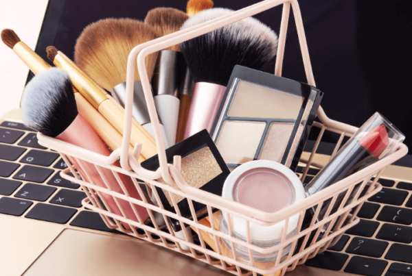 QC Makeup Academy Virtual Classroom article, May 5 2021, Feature Image