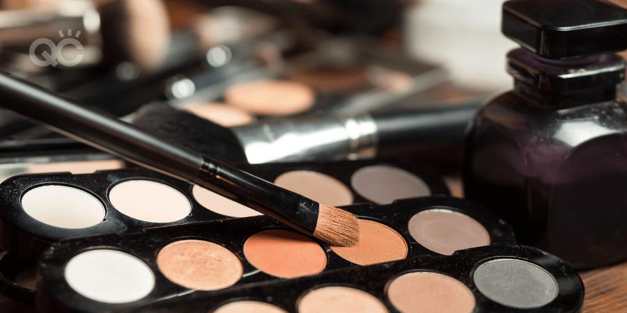Professional makeup kit article, Apr 21 2021, In-post image