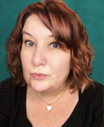Makeup artistry Ambassador Feature, Michelle Lannon headshot