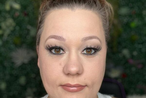 Online makeup classes article, July 29 2021, Feature Image